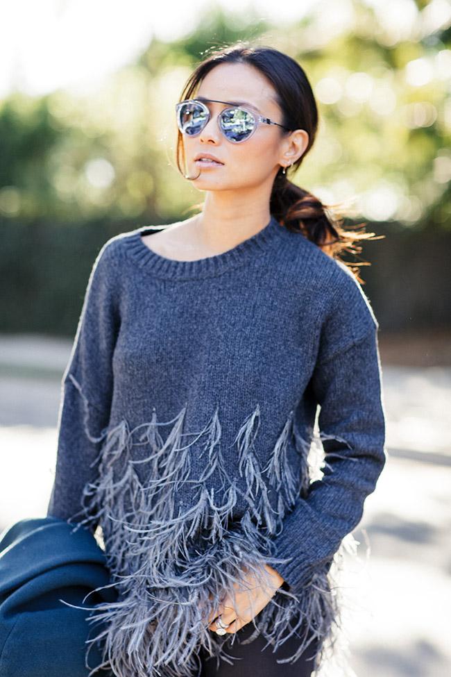 feathersweater12